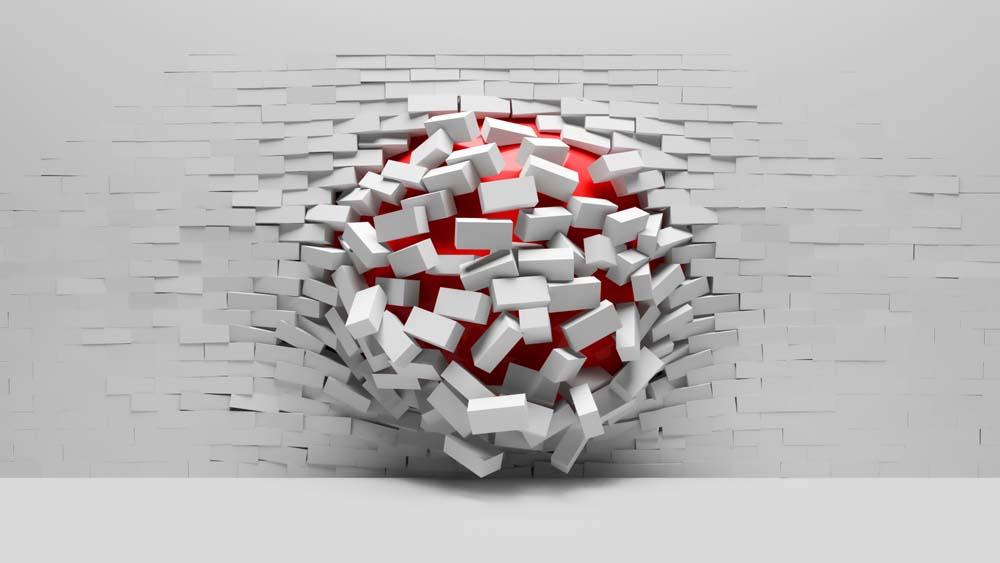 Красный шар и стена