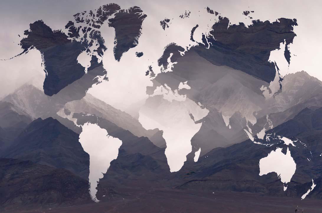 Карта и горы