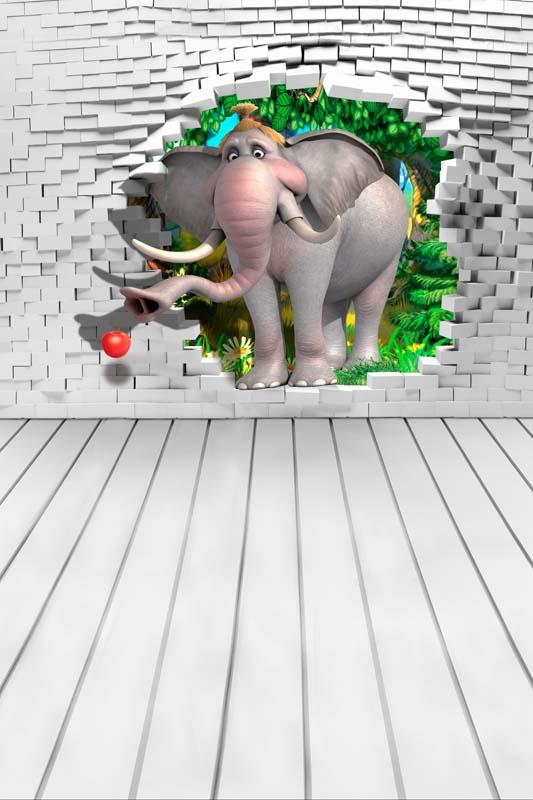 Слон за стеной