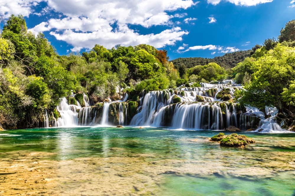 Водопады каскадные