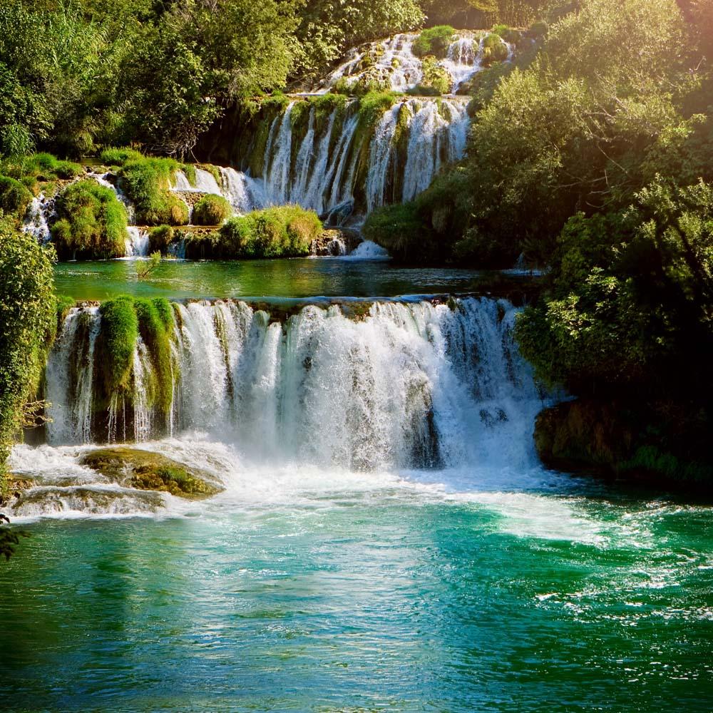 Многоуровневый водопад