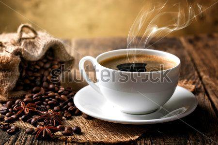 Крепкий черный кофе