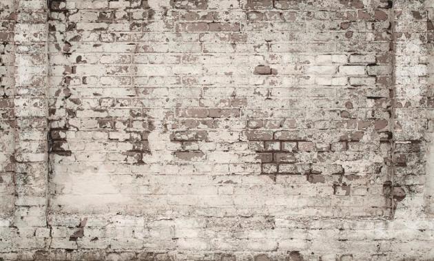 Старинная стена