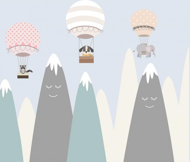 Детские горы и шары