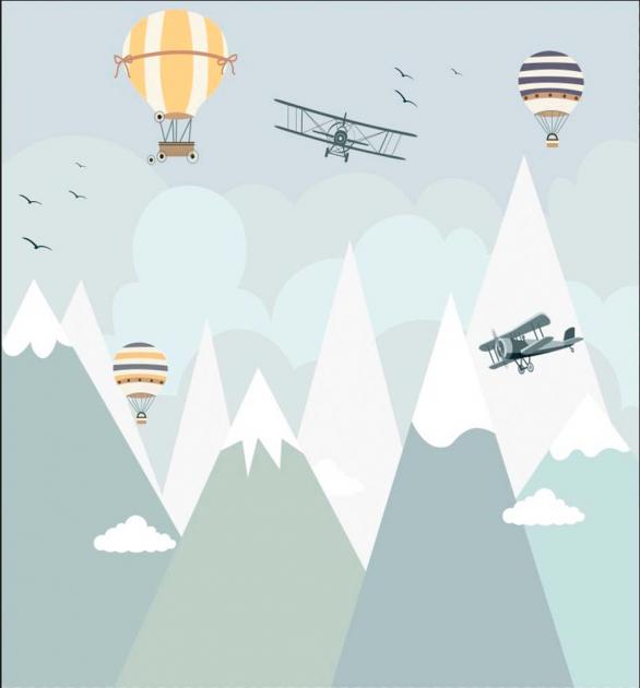 Детские горы с воздушными шарами