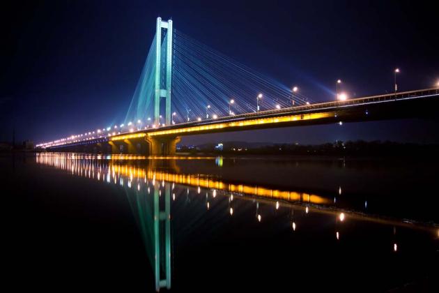 Мост ночного города